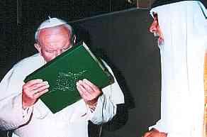 papa saruta coranul in care crestinii sunt considerati spurcati
